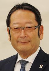 平松 季哲 氏