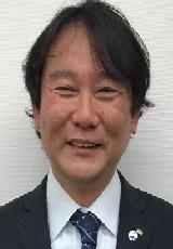 中川泰典 氏