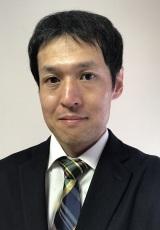 天野 栄史 氏